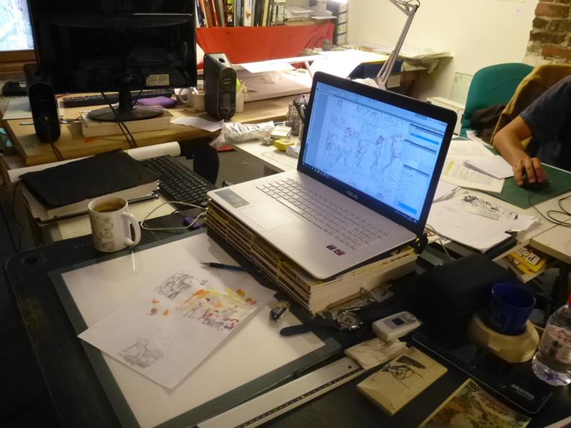 Le-bureau